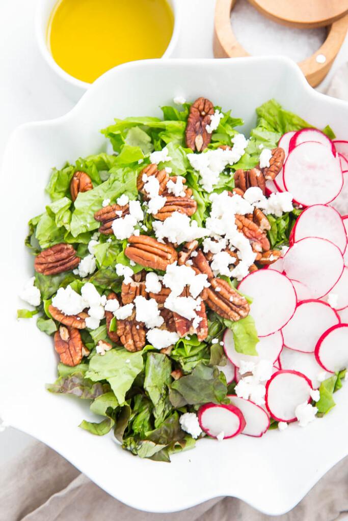 image of salad with apple cider vinaigrette