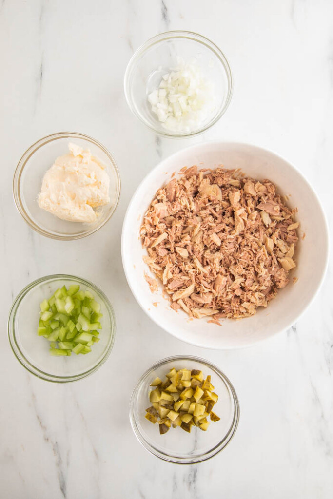 Ingredients for easy tuna salad