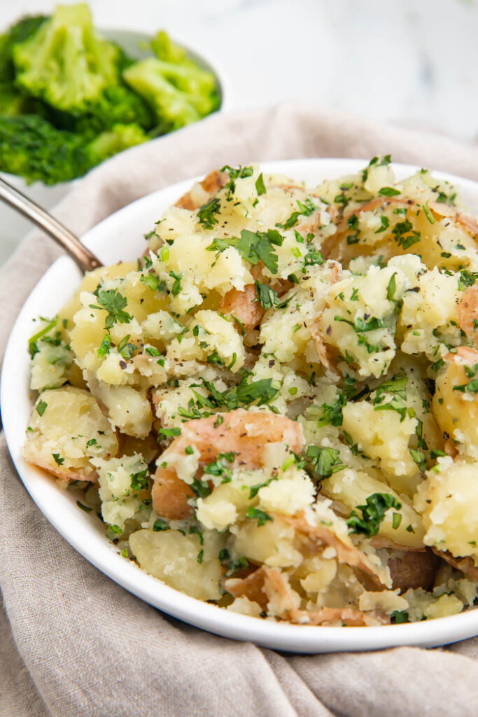 Garlic butter parsley potatoes