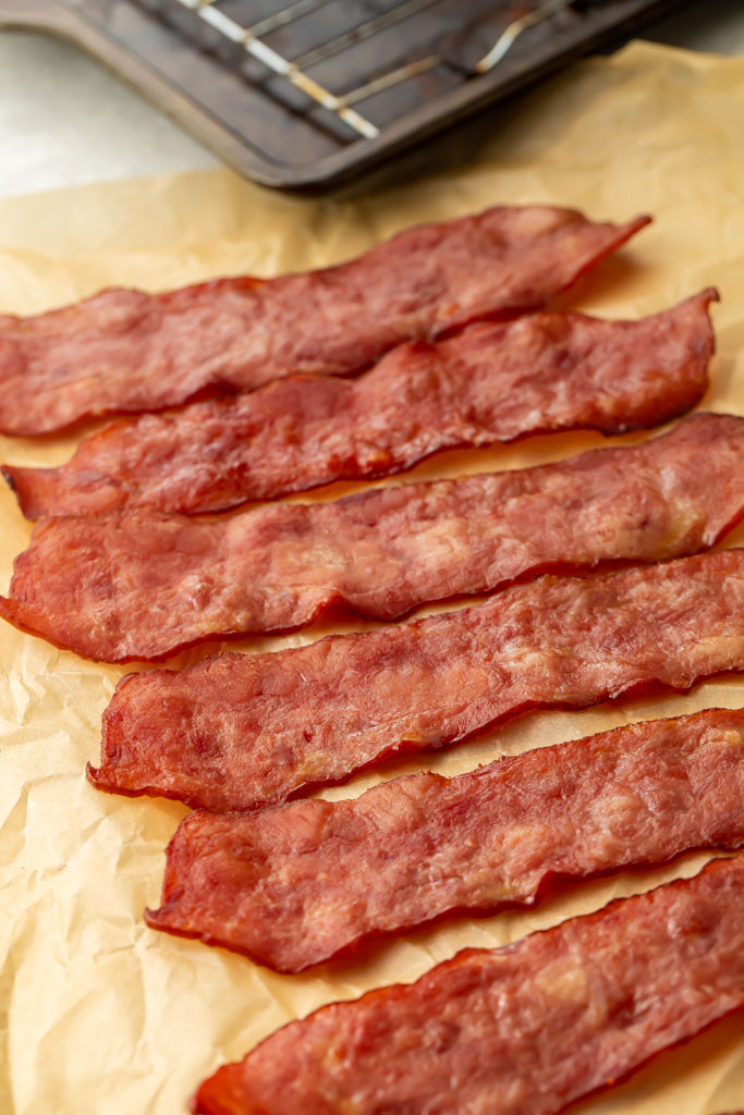 How to Cook Turkey Bacon in the Oven - Easy Healthy Recipes