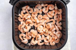 Frozen-Shrimp-in-Air-Fryer-Process-Photo-1