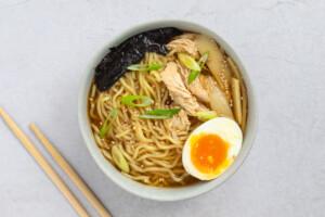 Spicy Chicken Ramen Process Photo 5