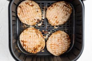 Frozen-Air-Fryer-Turkey-Burgers-LR
